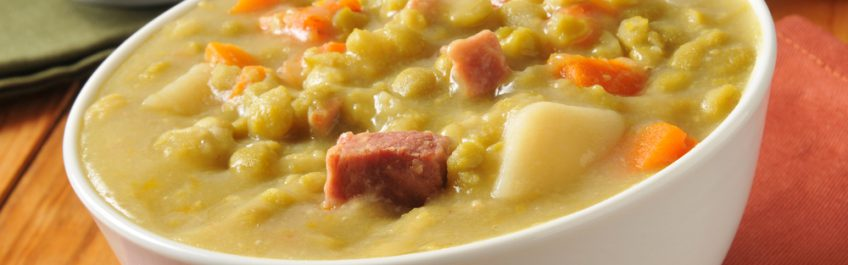 Recipe for split pea soup with smoked ham hocks